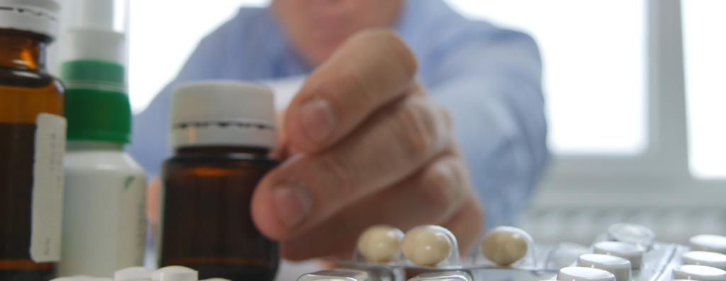 Pain Medication Addiction awareness and avoidance